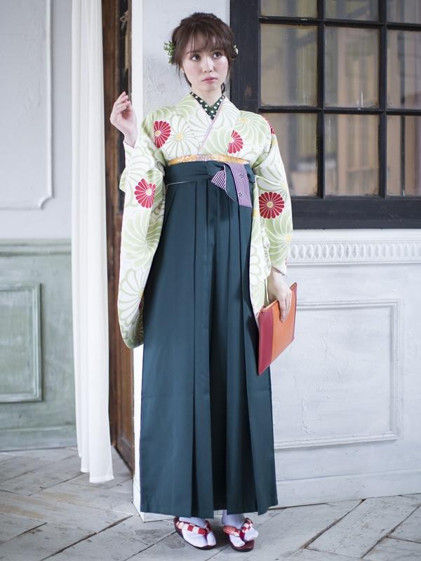 【着物】白地グリーン矢車+【袴】フカミドリ梅ひも縞